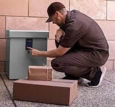 Clevermade LockBox SMART Package Locker