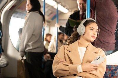 Sony WH-1000X M4 headphones