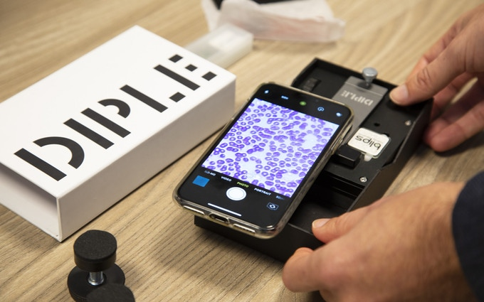 DIPLE Microscope for Any Smartphone
