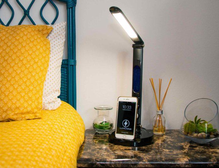 LumiCharge II Multifunctional LED Lamp