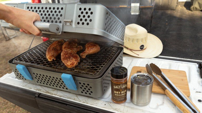 Staff Pick NOMAD Grill and Smoker charcoal barbecue