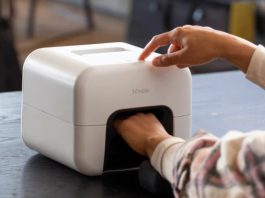 Nimble at-home Smart Nail Painter
