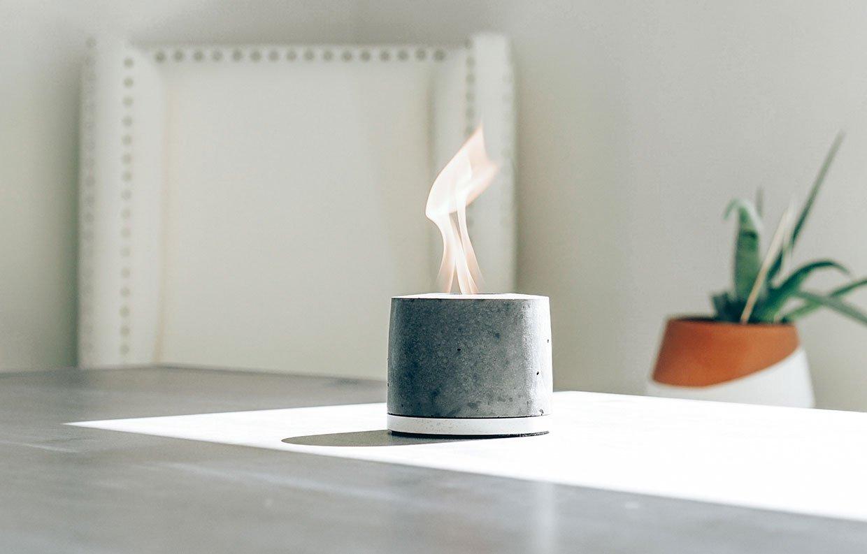 IntoConcrete FLÎKR Fire2 portable fireplace